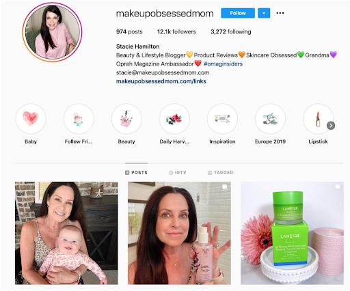 mommy beauty blogger Stacie Hamilton @makeupobsessedmom